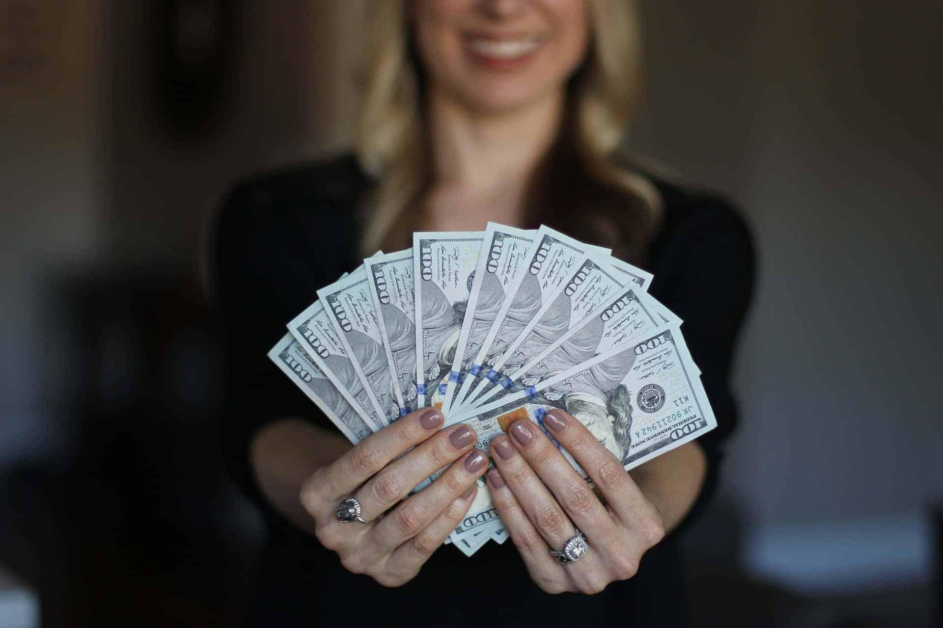 כיצד תוכלו לעבודה מהבית ולהרוויח כסף? רמז - שיווק באינטרנט